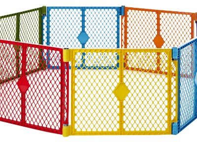 North-States-Superyard-Colorplay-8-Panel-Playard-0