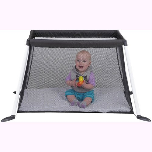 Phil & Teds Traveller V4 Crib - Black with Sheet Set