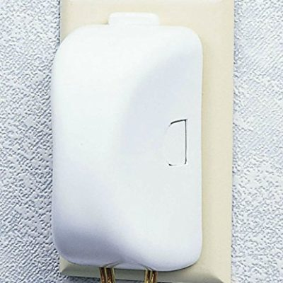 Safety-1st-Plug-N-Outlet-Covers-4-Pack-0